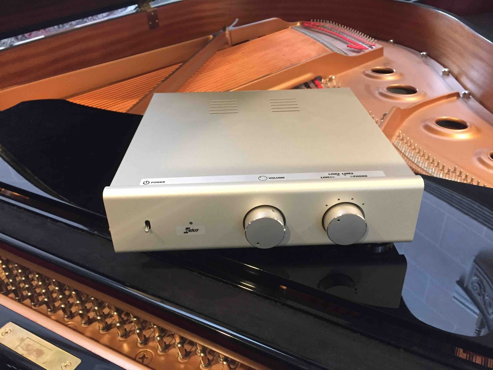 Mono and Stereo High-End Audio Magazine: THE GREATEST BANG