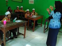 Penyuluhan Perawatan Gigi oleh Puskesmas Wonoasih di MI.Tashilul Mubtadiin