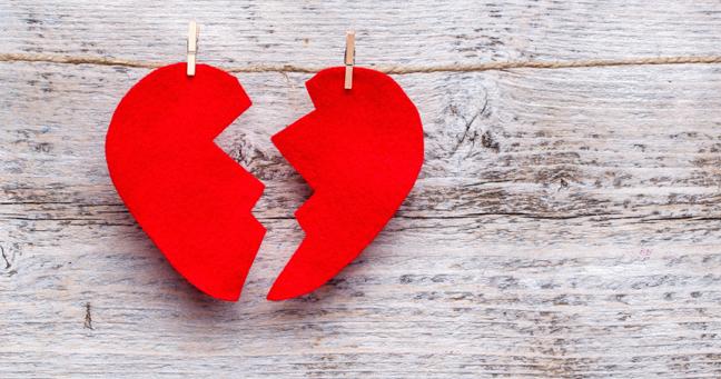 10 Tanda Anda Sedang Dibodohi dalam Suatu Hubungan Asmara