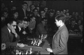 Simultáneas de Arturito Pomar en Lérida el 17 de abril de 1946 (12)
