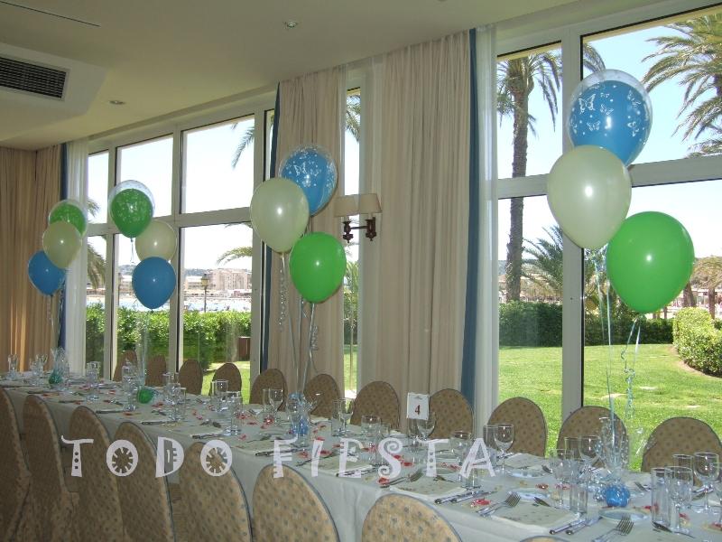 Decoraci n con globos de todo fiesta decoraciones para 1 for Decoracion bautizo nina jardin