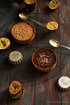 pâte à tarte farine de sarrasin , curd fruits de la passion , ganache chocolat