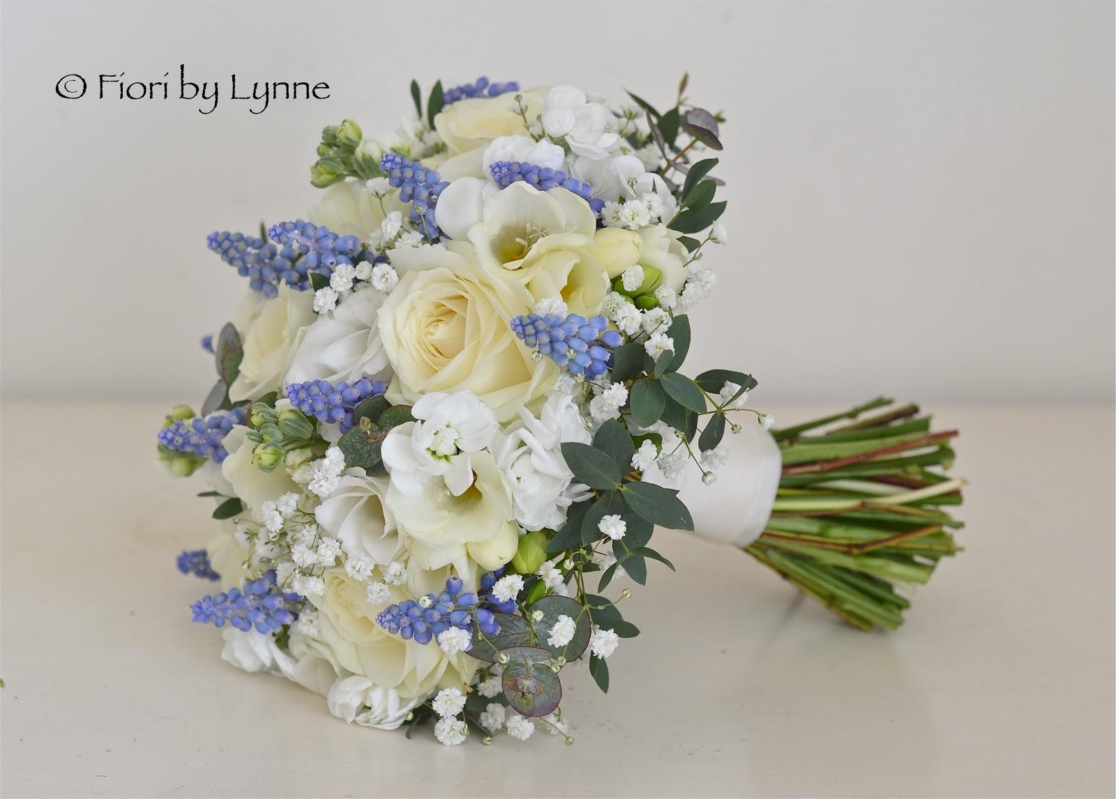 Wedding Flowers Blog: Carmen's Blue And White Spring