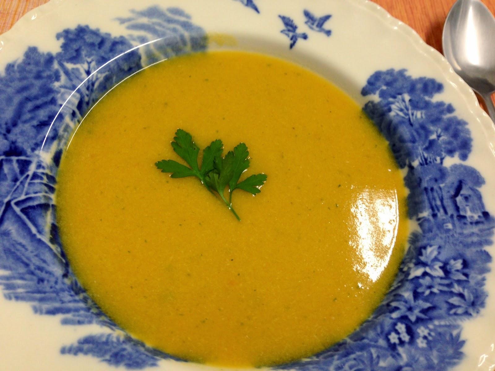 Sopa de Abóbora - Penso, logo divido