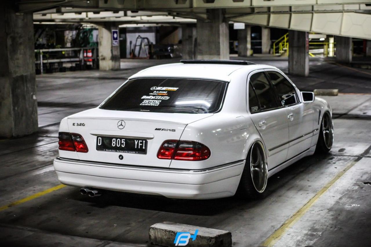 Mercedes Sls Amg Gt >> Mercedes-Benz W210 E320 Stance | BENZTUNING