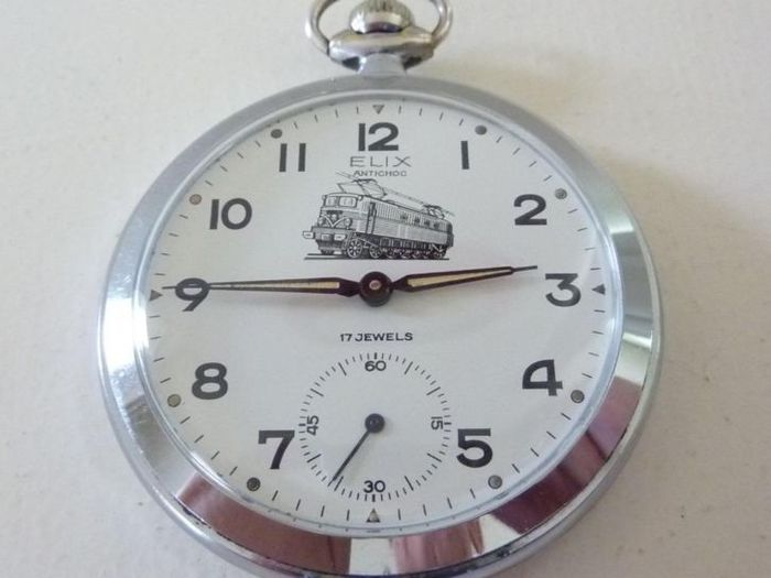d8a11a61bcf35 Elix pocket watch, probably from the 50s