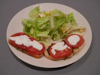 Recette de tartine tomate et pesto