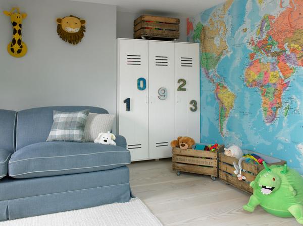 lasten tapetti maailmankartalle tapetti kartat Photowall lastenhuone maailmankartalle tapetti taustalla seinään