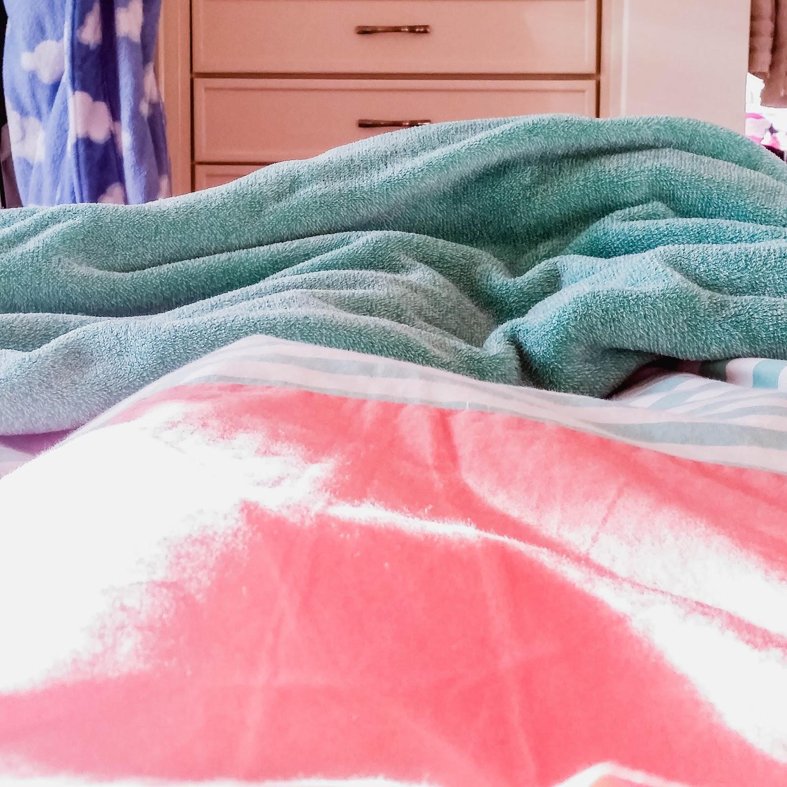 Sunshine in Bed, February Favorites | The Bella Insider