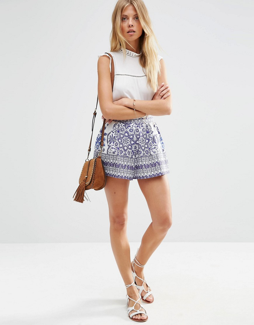 ASOS CHINA BLUE PRINT PLEATED CULOTTE SHORTS