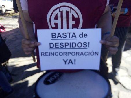 Trabajadores argentinos se van de paro en contra de despidos