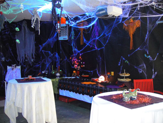 Halloween Day House Decoration Ideas Party Ideas & Lights, Food and Recipes Ideas