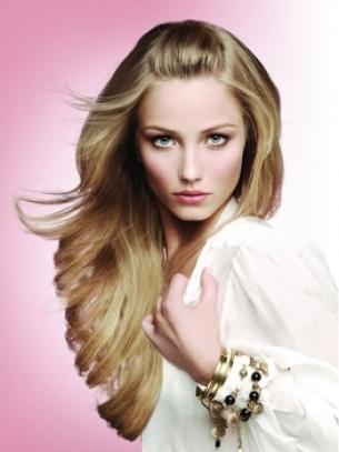 short blonde hairstyles april 2012