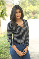 HeyAndhra Hebah Patel Sizzling Photos HeyAndhra.com