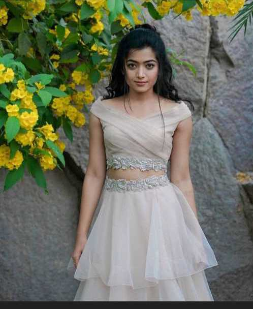 99 Rashmika Mandanna HD Wallpaper