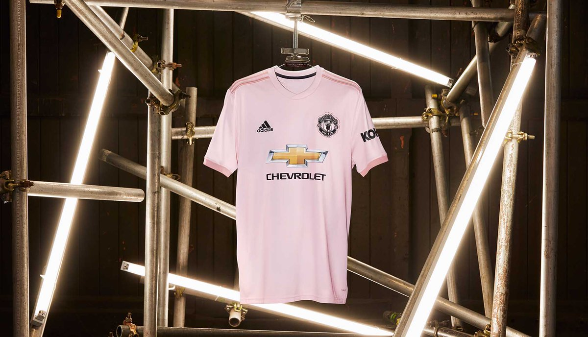 brand new 6321d 5b6b1 Manchester United 18-19 Away Kit Released - Leaked Soccer Cleats