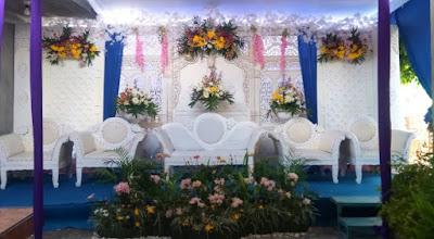 Dekorasi Wedding Putih