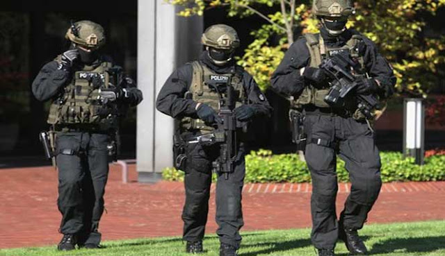 Pasukan Khusus atau pasukan operasi khusus yaitu unit militer yang sangat terlatih untuk 10 PASUKAN KHUSUS TERBAIK DI DUNIA