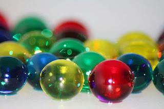 http://www.thoharianwarphd.com/2017/09/percobaan-sains-membuat-bola-pantul.html