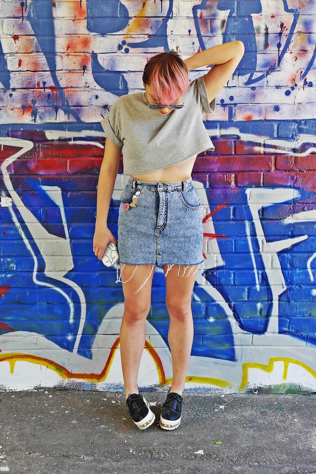 jeansowa_spodnica_crop_top_rozowe_wlosy_karyn_blog_modowy_160717a