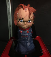 Toy Fair 2017: Mezco's Horror Toys Burst A Boxes Child's Play Chucky