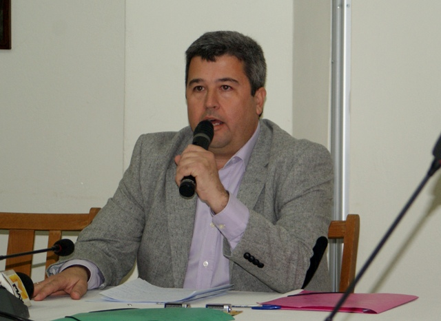Τάσος Λάμπρου: Δήμαρχε Μήπως υπάρχουν κάποιες εξαρτήσεις που δικαιολογούν την εκκωφαντική σιωπή σου;;;;