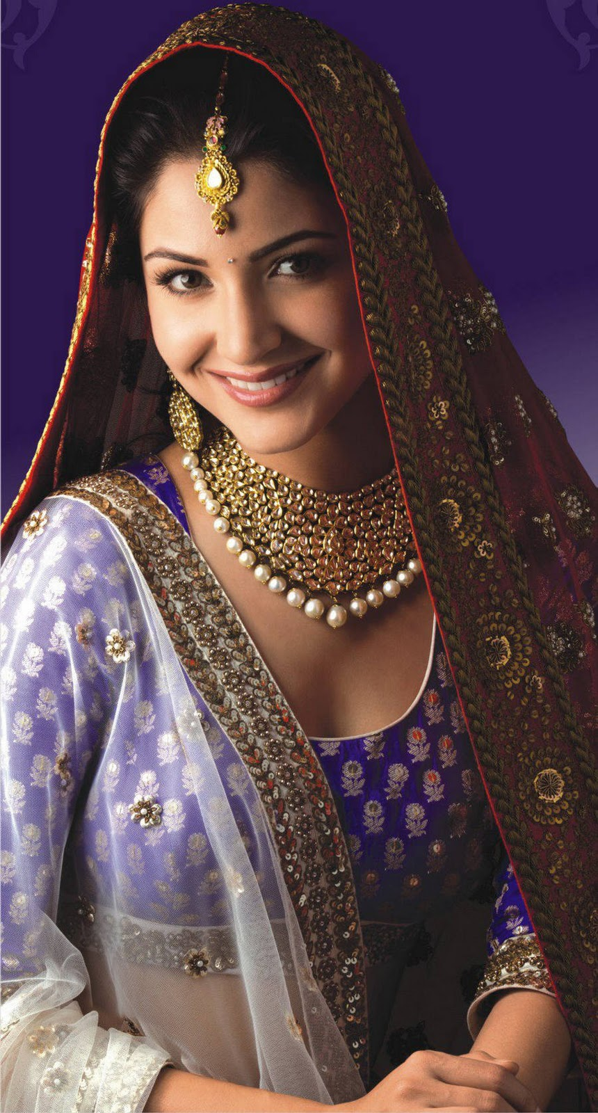 Anushka Sharma Saree: Anushka Sharma Gitanjali Jewelry Print At