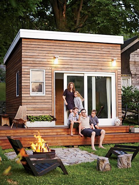 Tiny house town a diy 168 sq ft backyard studio for Diy garden studio