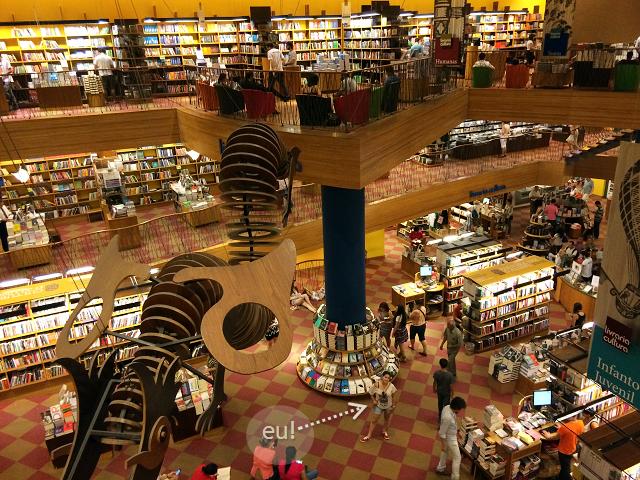 livraria em Sampa