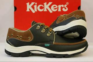 harga sepatu kickers di mall