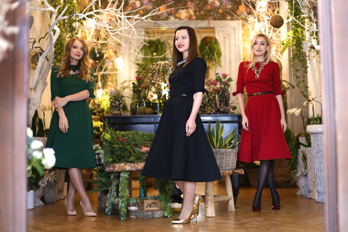 redsquare boutique midi dress collection