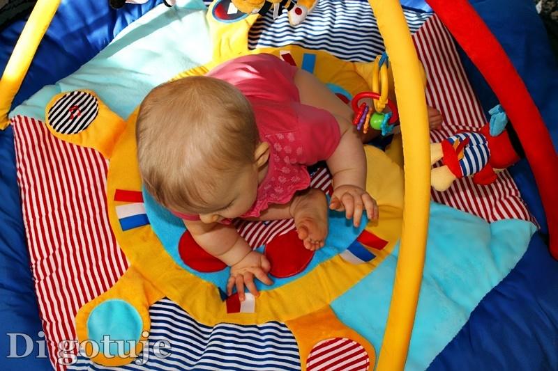 Piraci - mata Canpol babies z funkcją kojca - recenzja