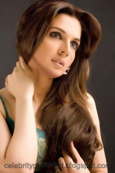Pakistani Wedding Hairstyles For Bride Girls Photos 2014