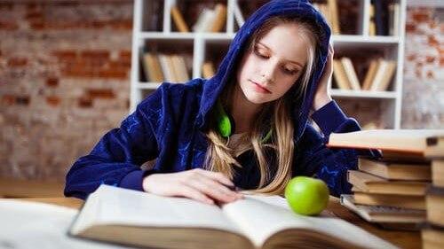 5 Cara Mengatur Waktu Belajar yang Paling Efektif untuk Dipraktikan