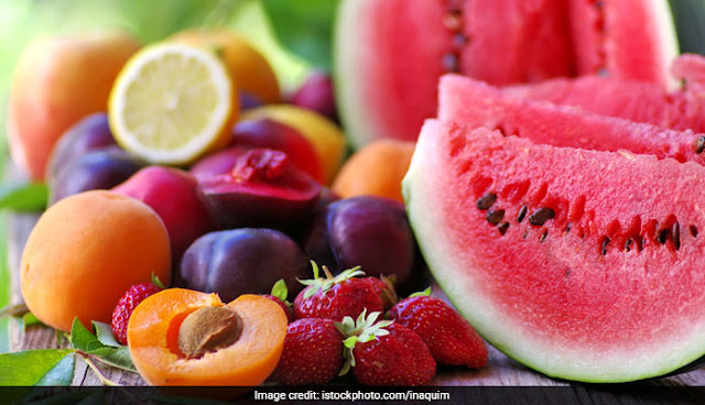 the-top-seven-fruits-with-lowest-sugar-content