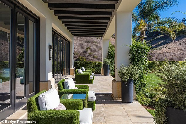 Inside Kylie Jenner's $450k a month six-bedroom mansion in Malibu - Photos