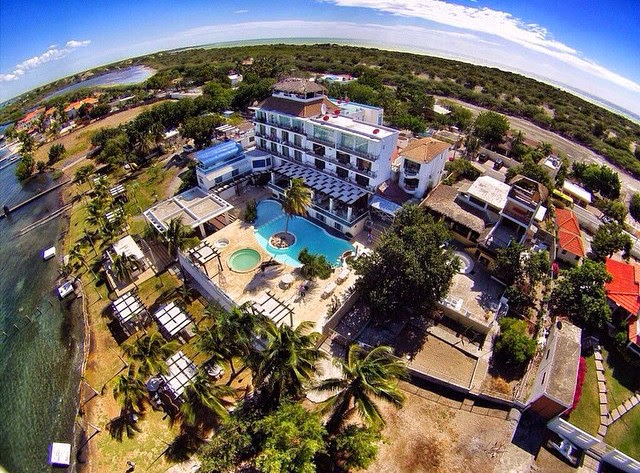 Hotel Salinas, Baní visitar Semana Santa