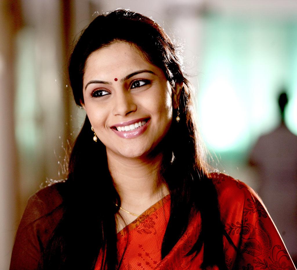 Nadhiya Latest Spicy Photos For Malayalam Movie Stills -9198