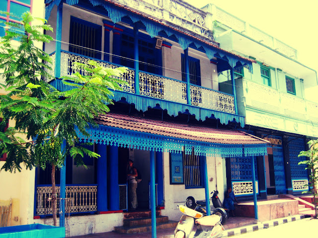 Tamil quarter at Pondicherry - India Pick, Pack, Go