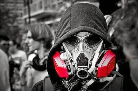 5b77a62d43c99 mascara de gas oakley