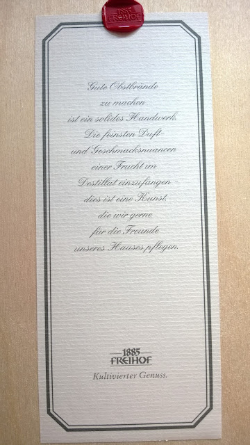 Zertifikat des Haselnusslikörs
