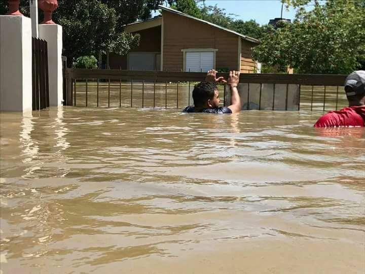 Resultado de imagen para Construirán dos muros de contención en Montecristi para evitar inundaciones