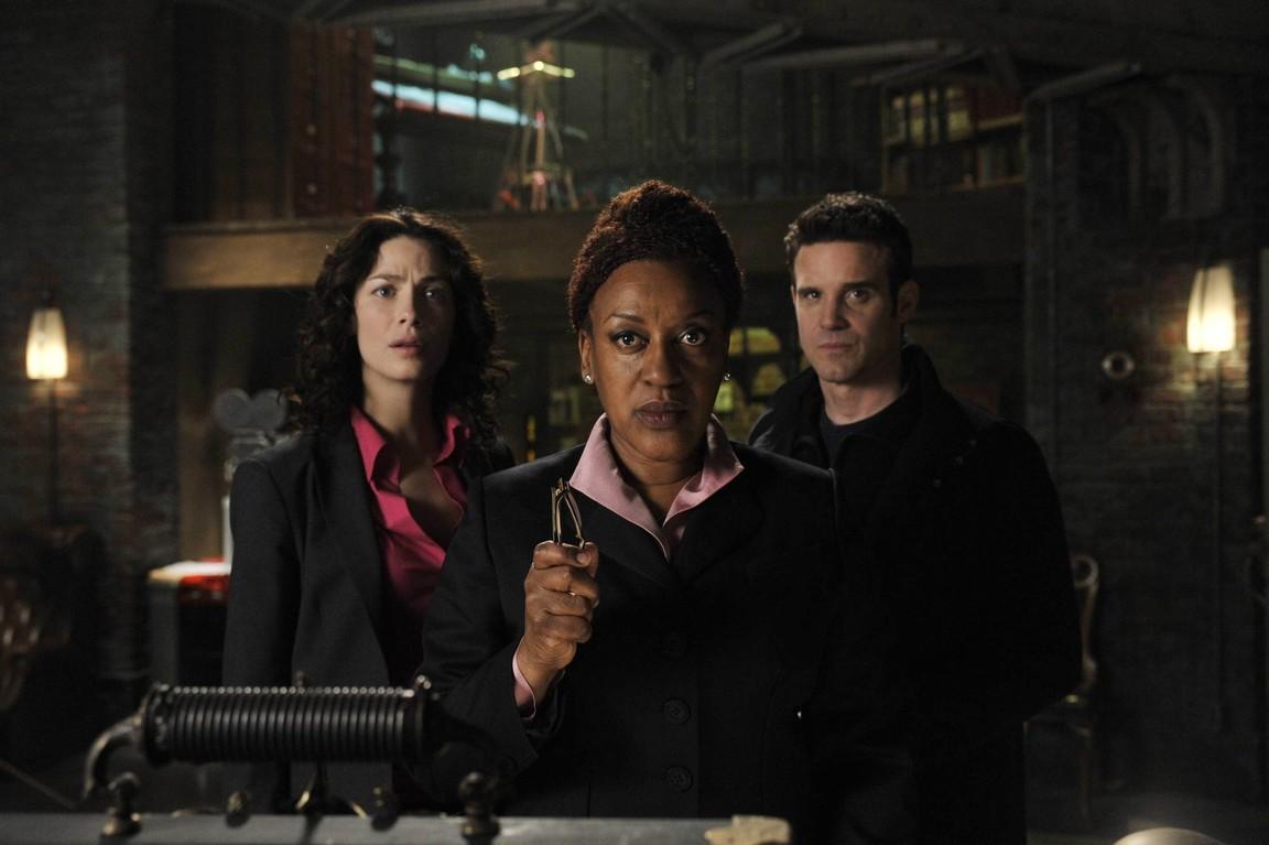 Warehouse 13 - Season 1