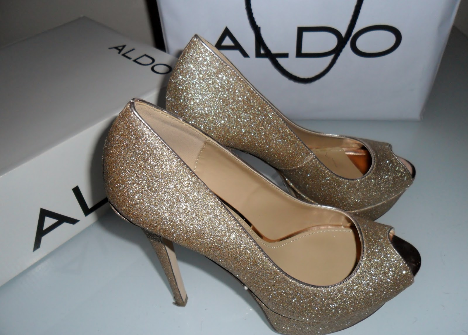 Lazcano Gold Shoes by Aldo