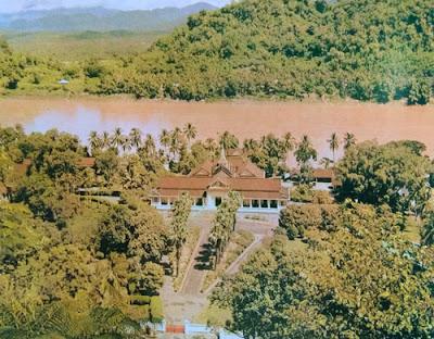 Foto Bekas istana Kerajaan di Luang Prabang, Laos