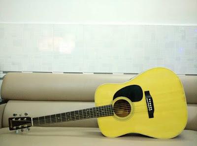 Phân loại và đặc điểm đàn Guitar Acoustic Morris thông dụng hiện nay