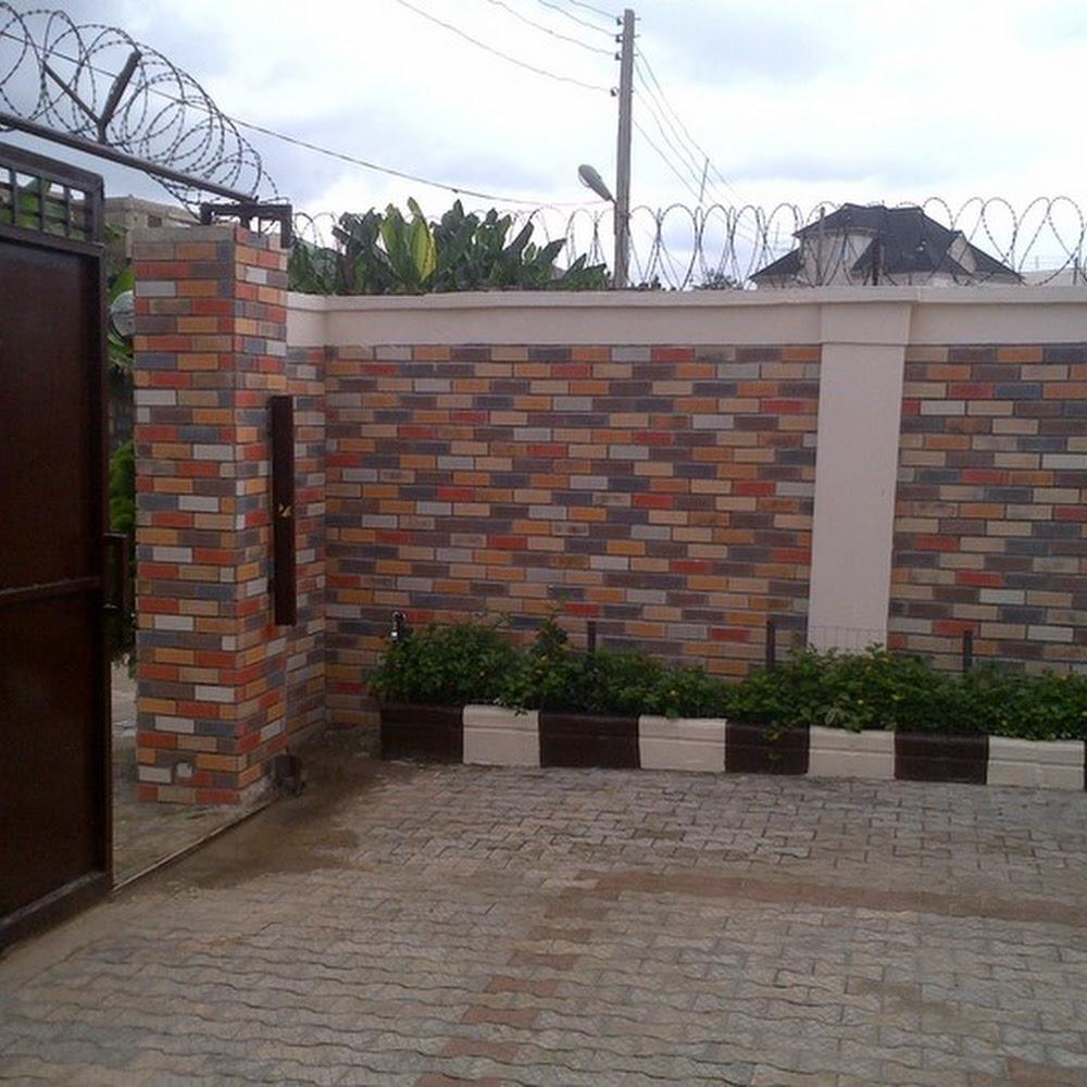 Exterior fence decoration with eco bricks