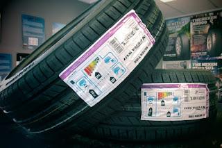 ¿Cuánto informan los talleres sobre la etiqueta europea del neumático?
