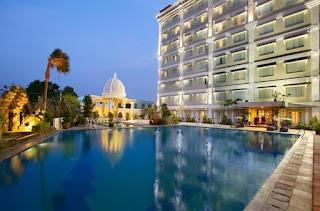 https://www.agoda.com/id-id/the-rich-jogja-hotel/hotel/yogyakarta-id.html?cid=1664231