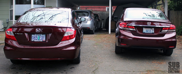 Rear comparison of the 2012 and 2013 Honda Civic